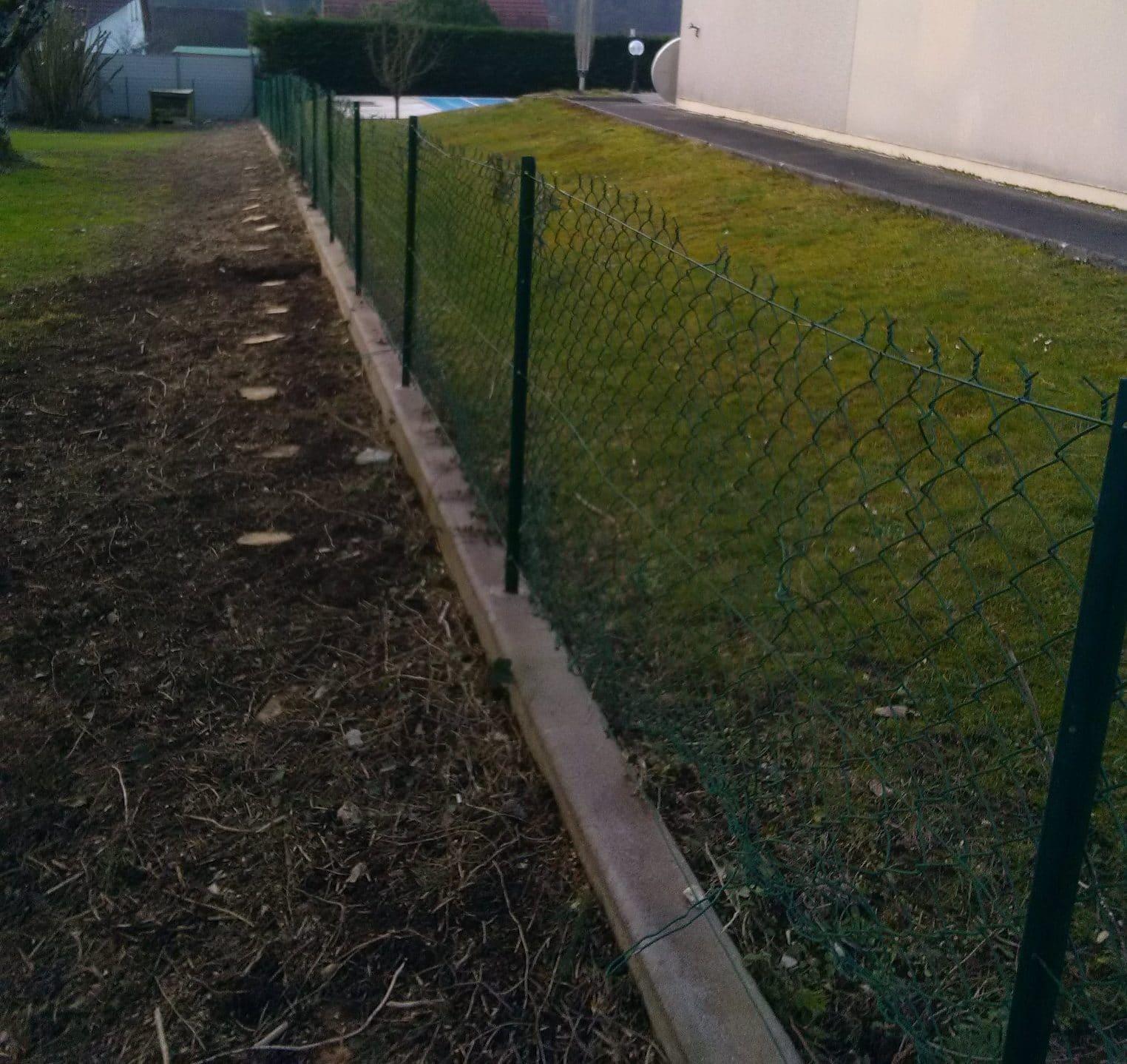 Remplacement d'une haie par une clôture