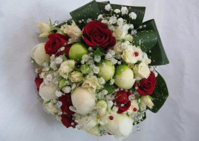Bouquet mariage rouge et blanc rond